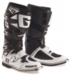 gearne-sg12-black-white-2174-014.jpg