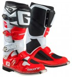 gearne-sg12-red-2174-053.jpg